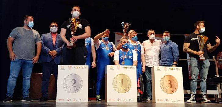 Entrega de premios al Club San Mateo de halterofilia en el Campeonato de España por clubes