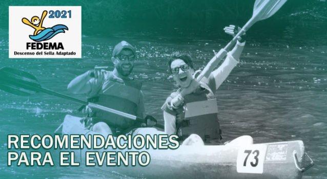 Dos piraguistas celebrando la llegada a la meta